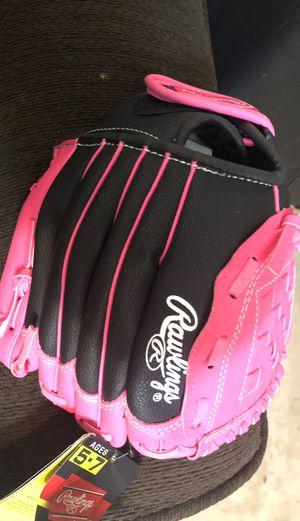 Girls glove for Sale in Richmond, TX
