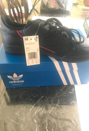 Adidas shoes size 9.0 for Sale in Hesperia, CA