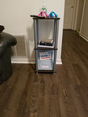 Small shelf for Sale in Edgewood, KY