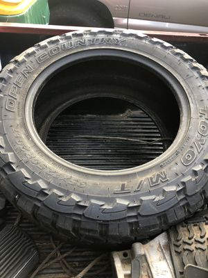 Toyo tires 35/12.50r20 for Sale in Lake City, GA