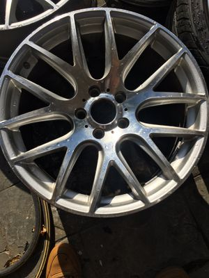 """19"""" rims 5 lug 5x120 staggered for Sale in Jurupa Valley, CA"""