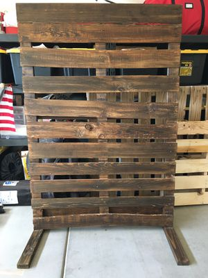 Photo Backdrop Pallet for Sale in Queen Creek, AZ