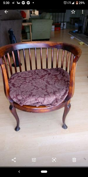 Antique chair $200 obo for Sale in Elk Grove, CA