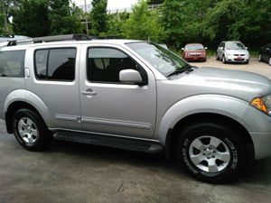 Nissan pathfinder SE 2006 for Sale in Manassas, VA
