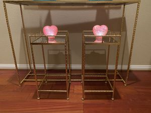 Tables- 2 Small Gold Tables with mirrored insert for Sale in La Quinta, CA
