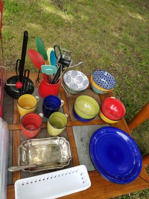 Matching set of dishes for Sale in Columbia, VA
