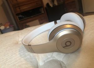 Gold Beats Solo 3 Headphones for Sale in San Antonio, TX