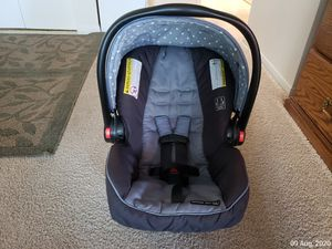 Car seat for baby for Sale in Portland, OR