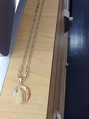 14kt three tone gold chain w/ charm for Sale in Chicago, IL
