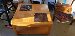 Coffee table for Sale in Southington, CT