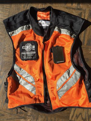 """ICON reflective riding vest - size """"regular"""" for Sale in Washington, DC"""
