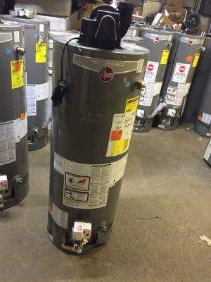 Power Vent water heater NEW NEW NEW for Sale in Cleveland, OH