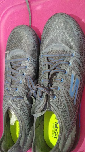 Shoes Skechers size 10 boys for Sale in Mason City, IA