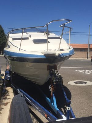 1988 Bay liner a great first boat 6500 dollars for Sale in Santa Ana, CA