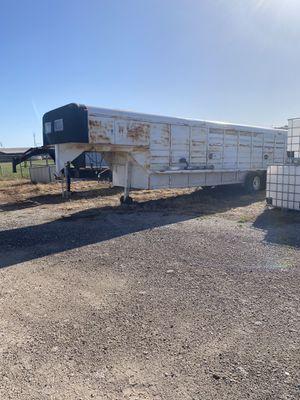 32 foot livestock trailer for Sale in Abilene, TX
