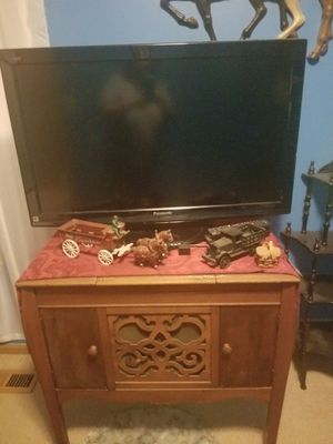 """37"""" tv panasonic for Sale in Grove City, OH"""