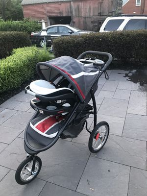 Graco Jogging stroller originally $300 for only $100 for Sale in Lumberton, NJ