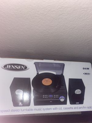 JENSEN 3-Speed Stereo Turntable Music System with CD/Cassette and AM/FM Radio for Sale in Chino Hills, CA