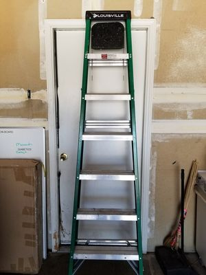 Louisville 7 foot ladder for Sale in Albuquerque, NM