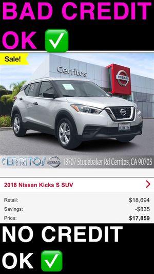 2018 Nissan kicks s crossover suv silver Automatic bad credit car dealer for Sale in Cerritos, CA