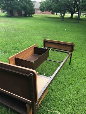 metal twin size bed frame for Sale in Eagle Lake, TX