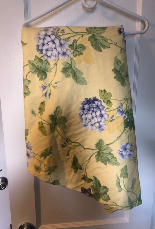 Hydrangea custom pillow and matching tablecloth