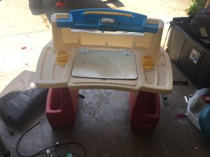 Kids art desk for Sale in Arlington, TX