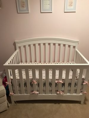 White baby crib for Sale in Woodinville, WA