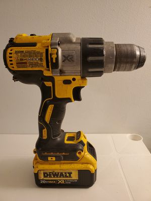 "DeWalt XR 1/2"" Cordless Brushless 3-Speed Hammerdrill/Drill Driver w/4Ah Battery for Sale in Fontana, CA"