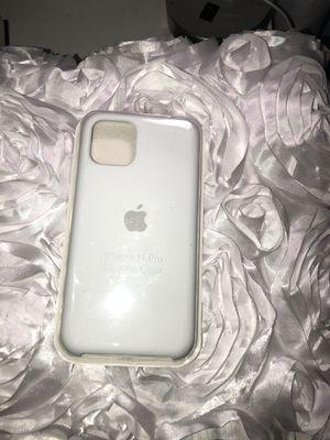 iPhone 11 Pro case white for Sale in Vernon, CA