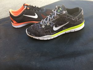 Women's Nike shoes size 8 for Sale in San Jose, CA