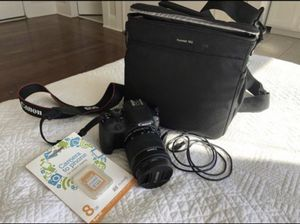 Canon EOS Rebel Sl1 camera/ Camera lens attachment/ Rocketfish/ Eye-if/ Battery Pack and a Carrier for Sale in San Diego, CA