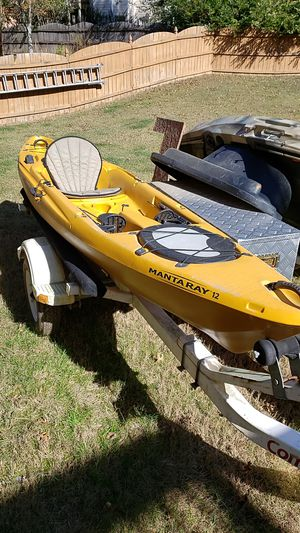 Native Mantaray 12 ft Kayak for Sale in Buford, GA