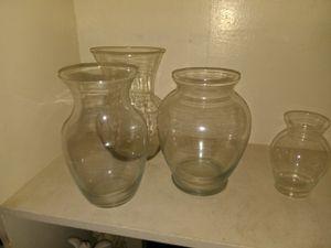 4 flower vases for Sale in Perris, CA