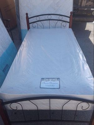 TWIN/FULL BEDS FOR SALE AT MATTRESS WAREHOUSE for Sale in Hialeah, FL