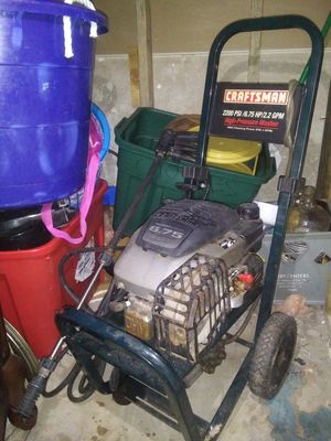 Craftsman high-pressure washer 2200psi 6.5hp for Sale in Circleville, OH
