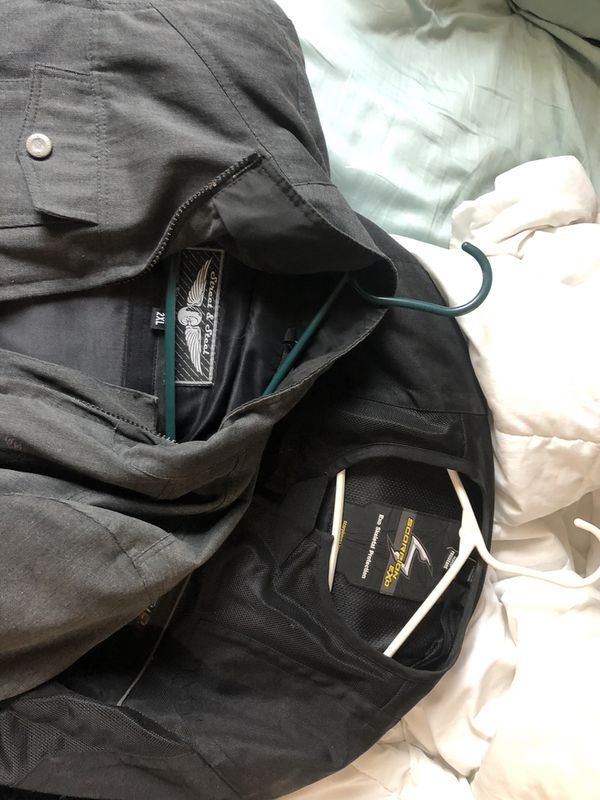 Motorcycle gear, 3 helmets and 2 jackets 100 each