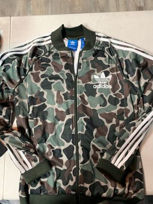 Adidas Jacket Camo Size large for Sale in Paramount, CA