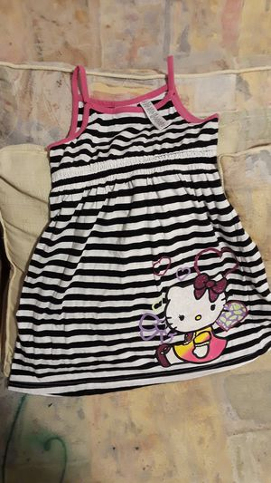 Girl hello kitty dress size 7-8 for Sale in Fort Myers, FL