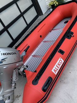 Honda 20hp 10.5ft Inflatable Boat Dinghy for Sale in Auburn,  WA