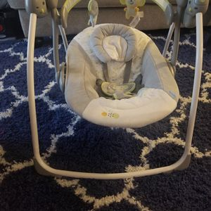 Ingenuity Portable Baby Swing for Sale in Queens, NY