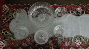Vintage Arcoroc French Berry bowl with 4 small bowls and a sugar/ cream bowl. for Sale in Kingsley, PA