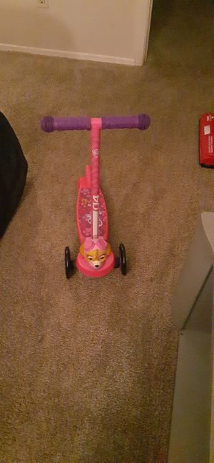 Girl scooter for Sale in Fort Worth, TX