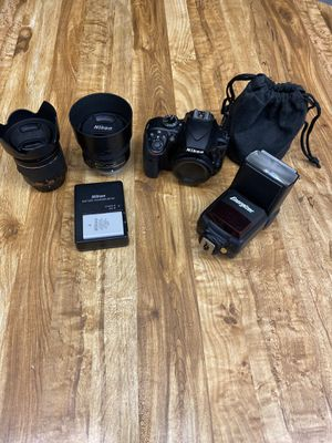 Nikon d3400 DSLR with 18-55mm & 50mm bundle for Sale in Port St. Lucie, FL