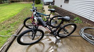 Two mongoose mountain bikes for Sale in New Middletown, OH