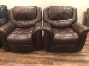 Leather recliner chairs $60 each for Sale in Columbus, OH