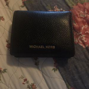 Black Ladies Michael Kors Wallet for Sale in Oklahoma City, OK