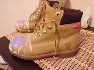 Custom Helcor Timberlands size 4.5 for Sale in Pittsburgh, PA