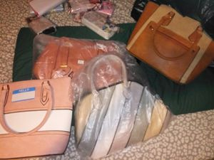 Carteras para Damas for Sale in New Britain, CT