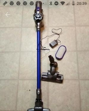 Dyson animal DC44 cordless for Sale in Lakewood, CA